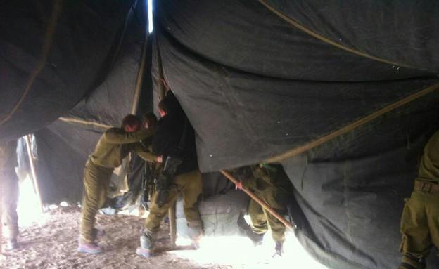 הקמת אוהל 12