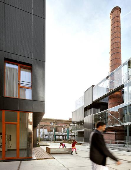 מפעל בבלגיה (צילום: מתוך האתר www.mdw-architecture.com)