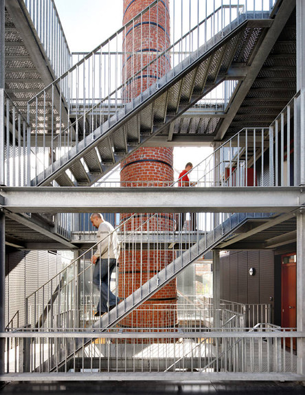 מפעל, מדרגות (צילום: מתוך האתר www.mdw-architecture.com)