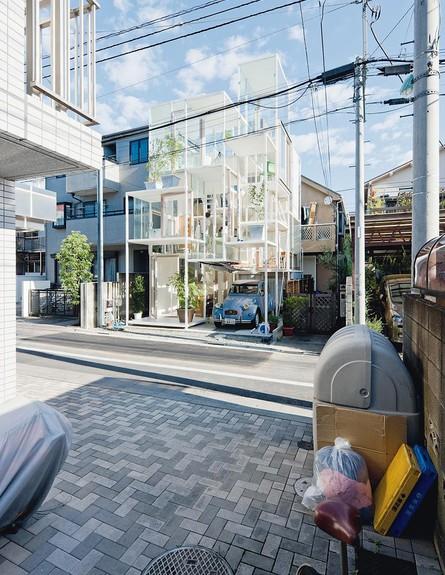 הבניין השקוף, חנייה (צילום: Sou Fujimoto)