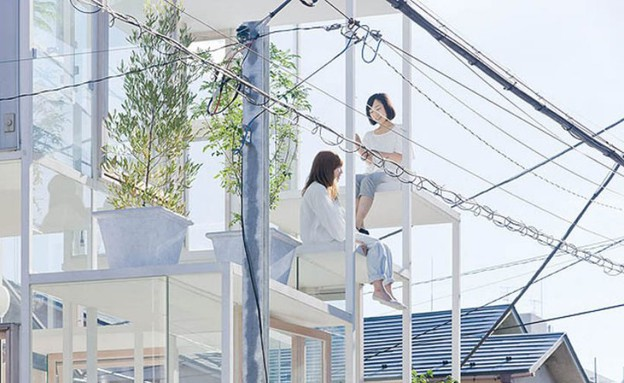 הבניין השקוף, מרפסת (צילום: Sou Fujimoto)