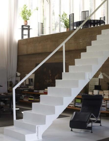 מפעל בטון, מדרגות (צילום: ricardobofill.com)