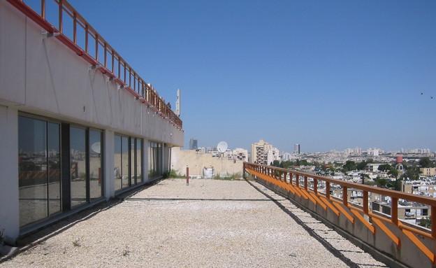 לופט תא, מרפסת לפני (צילום: אילן נחום)
