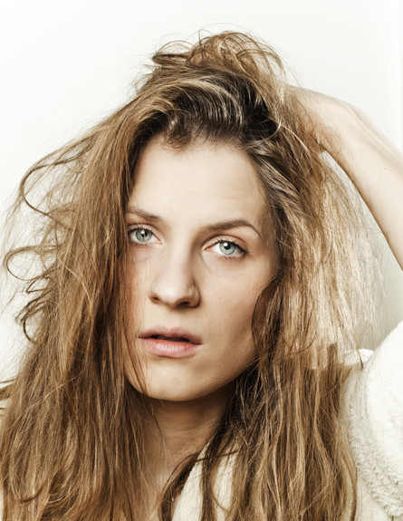 אישה עייפה (צילום: realsimple.com, getty images)