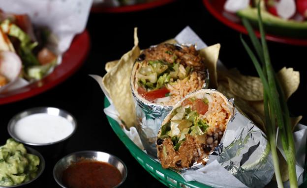 מסעדת טאקרייה, בוריטו (צילום: אפיק גבאי, אוכל טוב)