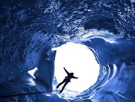 קצה המערה, מערות קרח באלפים