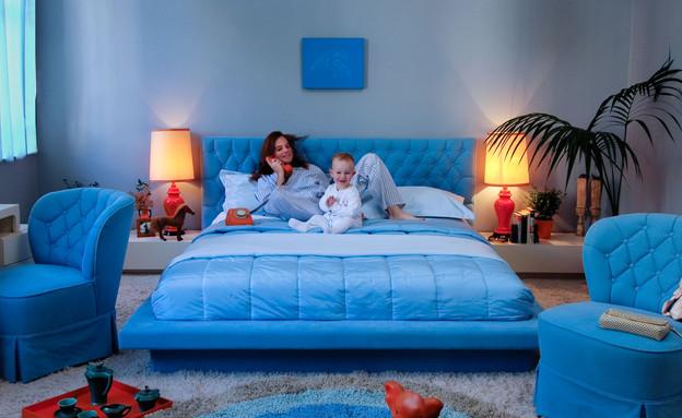 חדרי שינה, קפיטונרז' כחול (צילום: אלי גרוס)