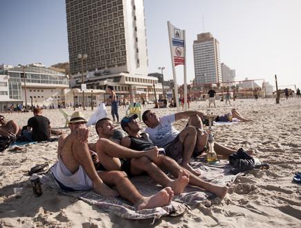חופי תל אביב ביום הבחירות