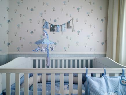 לי אולשה, מיטת תינוק (תמונת AVI: אילן נחום)