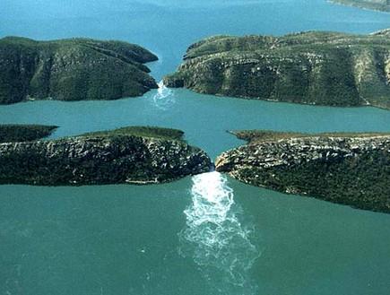 מפל אופקי באוסטרליה