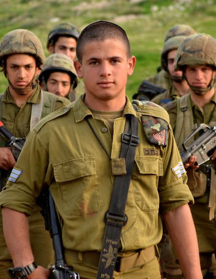"""נצח יהודה (צילום: אורי ברקת, עיתון """"במחנה"""")"""