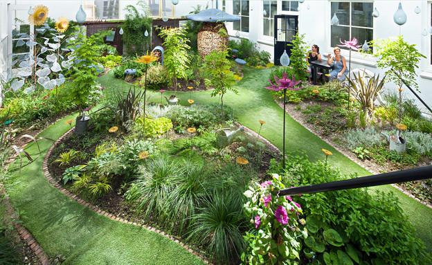 מלון דרוג, חצר (צילום: www.hoteldroog.com)