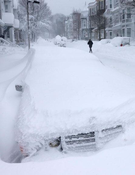 שלג בניו-יורק (צילום: AP)