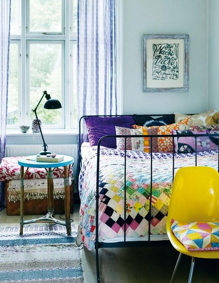 מצעים צבעוניים (צילום: madebygirl blogspot com)