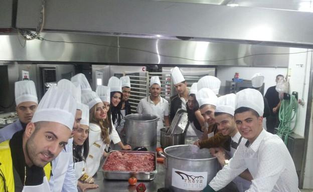 שמח במטבח של טרויה (צילום: מני ישראל)