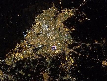 טבעת בטהארן, תמונות מהחלל