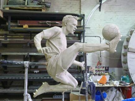 הפסל של ברגקאמפ. עשו לו כבוד (gettyimages) (צילום: ספורט 5)
