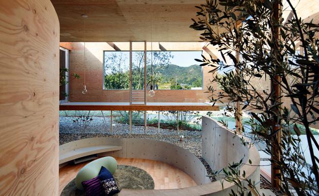 בית יפן, פנים וחוץ (צילום: Koji FujiiNacása & Partners)