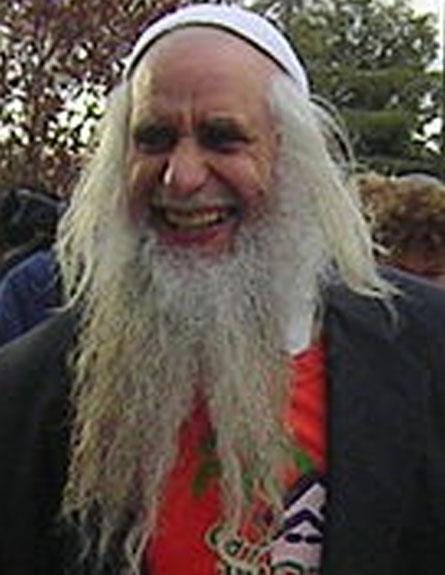 נפטר בגיל 68. הרב פרומן (צילום: מתוך ויקיפדיה)