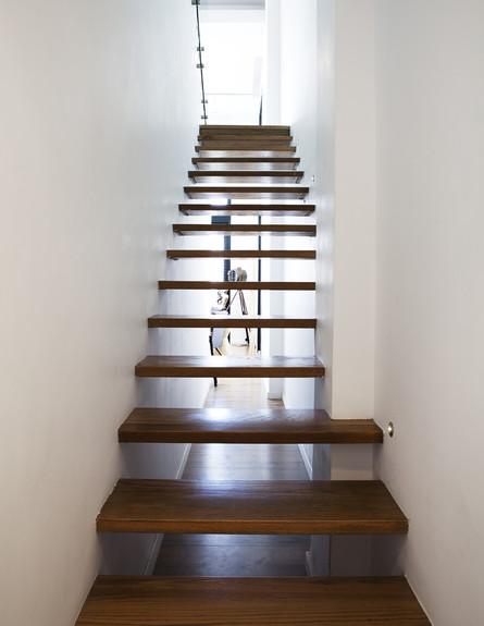 מדרגות, שרית קרפ קרויטורו