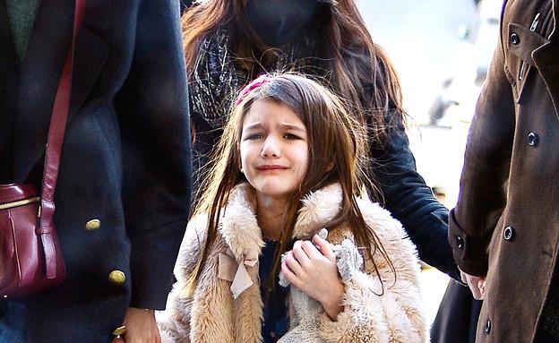 סורי קרוז בוכה (צילום: Splashnews, noon)
