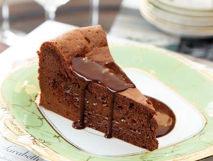 עוגת השוקולד של בראסרי, כשר לפסח (צילום: דניה ויינר, על השולחן)