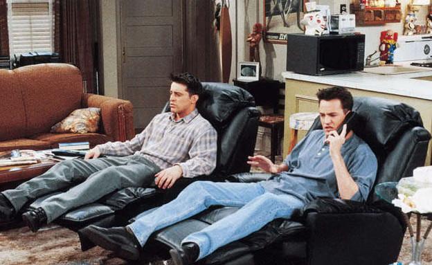 סדרות, חברים כורסת טלוויזיה (צילום: www.fanpop.com)