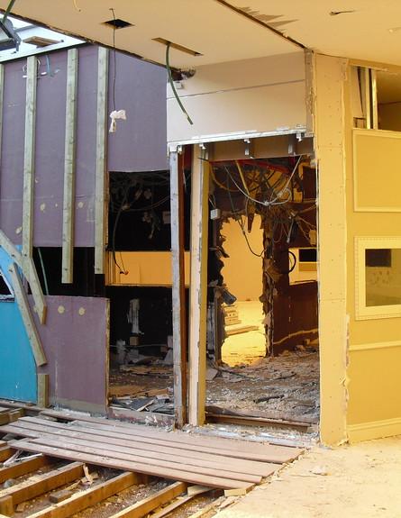 תמונת ההריסות בית האח הגדול 4 (צילום: mako)