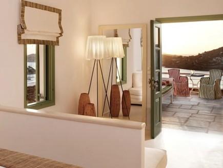 מלון ליאוסטאסי, מלונות ביוון