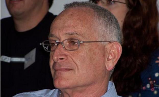 עמוס שוקן מתוך ויקיפדיה יוצר עידו קינן (צילום: עידו קינן, ויקיפדיה)