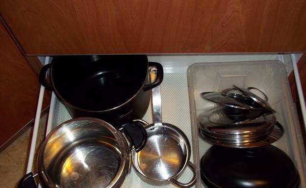 ארונות מטבח, אחרי סירים (צילום: שרית גושן פנטי )
