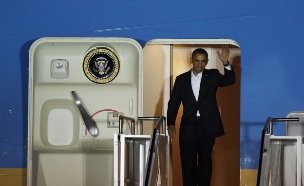 אייר פורס 1 - הנשיא אובמה (צילום: Joe Raedle, GettyImages IL)