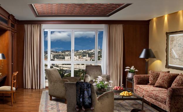 סוויטה נשיאותית סלון מלון המלך דוד צילום אורי אקרמן (צילום: אורי אקרמן)
