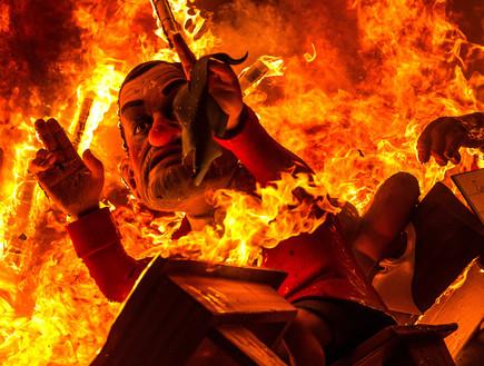 בובה נשרפת, פסטיבל ולנסיה