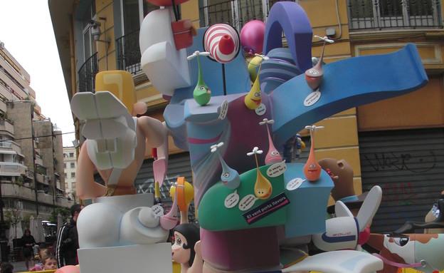 בובות ברחוב, פסטיבל ולנסיה (צילום: לירון מילשטיין)