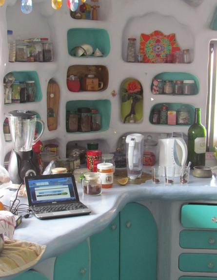 מדבר, בית שאג, מטבח, צילום לימור זומר-אריק
