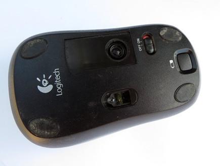 עכבר מחשב מלוכלך