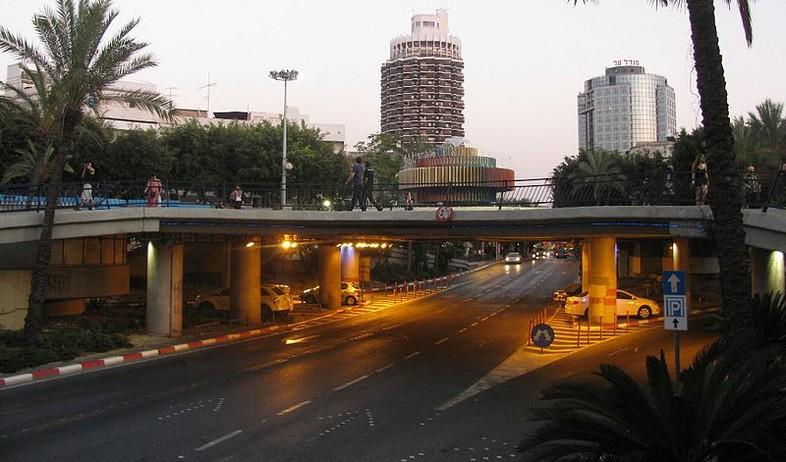 דינזגוף, תל אביב (צילום: מצילומי יהודית גרעין-כל. מתוך אתר פיקיוויקי)