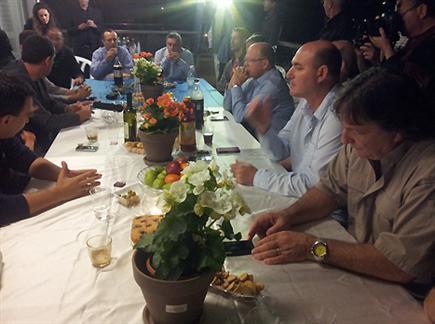 צפו בדברים מפגישת ראשי הקבוצות (צילום: ספורט 5)