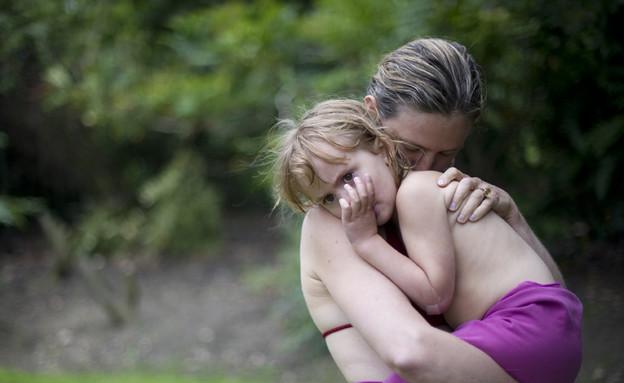 אמהות אמיתיות - סופי וליה (צילום: אלי סמית, צילום מסך מתוך huffingtonpost)