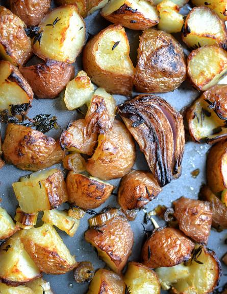 על האש טבעוני, תפוחי אדמה (צילום: נופר יערי, לא על החסה לבדה)