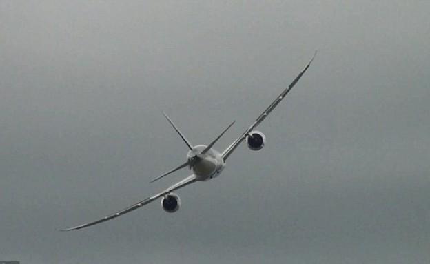 מקיף את השמיים, דרימליינר (צילום: dailymail.co.uk)