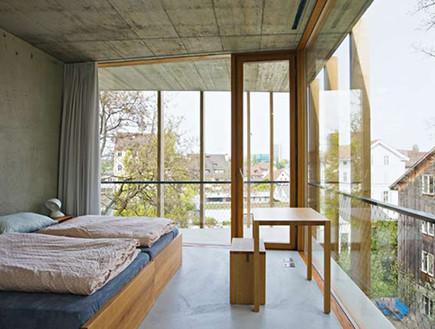 הוסטלים, בזל חדר שינה מיטה (צילום: acchiappaviaggi.com)