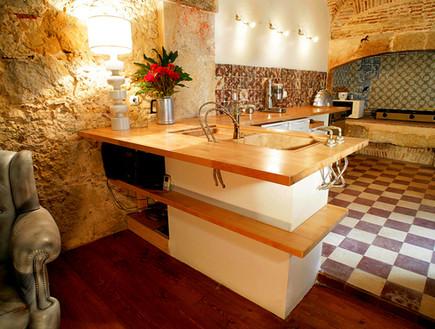 הוסטלים, ליסבון מטבח - (צילום: www.lisboncalling.net)