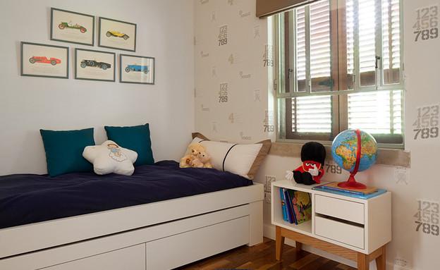 טלי רוזנשטיין, חדר ילד (צילום: אלעד שריג)