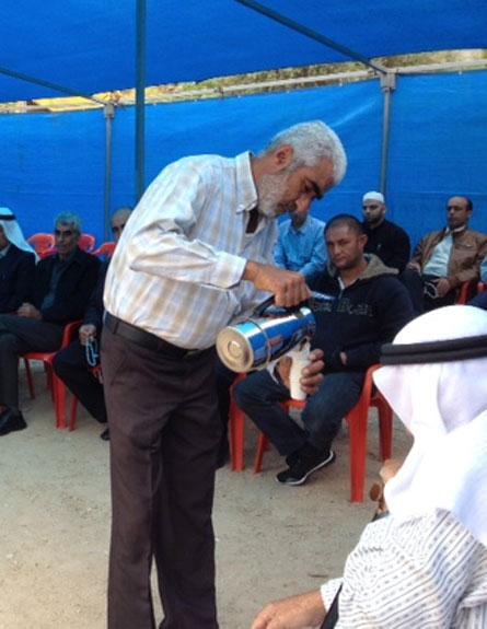 סוכת אבלים בכפר דיר אל אסד (צילום: חדשות 2)
