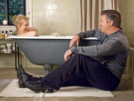 זה מסובך, אמבטיה (צילום: talkspas.com)