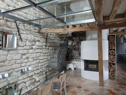 דירה בפריז, פינת אוכל תקרה