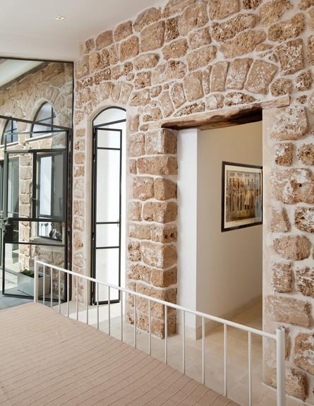 בית בסלמה, פתחים (צילום: בועז לביא)