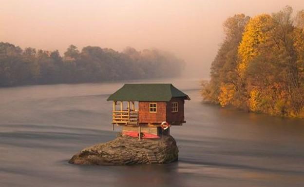 בית באגם